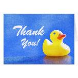 Ducky de goma le agradecen las notas tarjeton