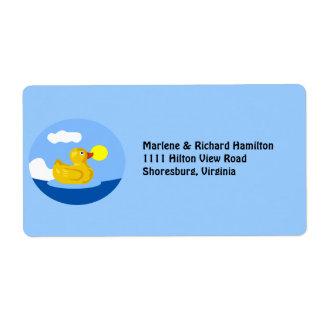 Ducky de goma va para una nadada etiqueta de envío