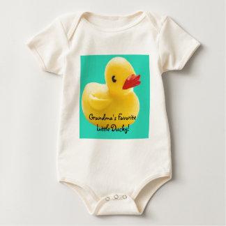 ¡Ducky preferido de la abuela el pequeño! Trajes De Bebé