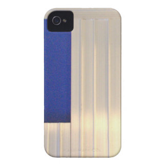 Due Collection metal by Roger Project iPhone 4 Case