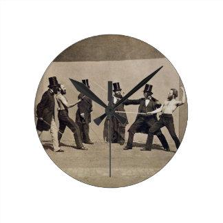 Duelling (photo) round clock