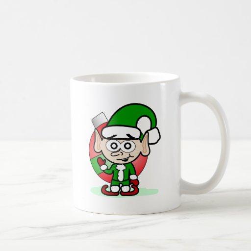 Duende que agita taza de café
