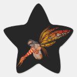 Duendecillo anaranjado de la mariposa de monarca pegatina en forma de estrella