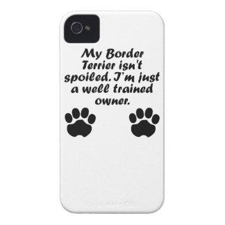 Dueño bien entrenado de Terrier de frontera iPhone 4 Cobertura