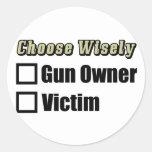¿Dueño o víctima de arma? Etiqueta Redonda