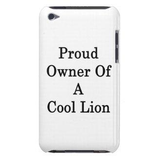 Dueño orgulloso de un león fresco Case-Mate iPod touch carcasa