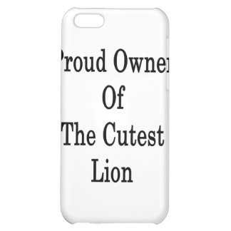 Dueño orgulloso del león más lindo