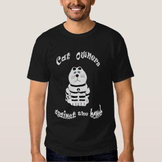 Dueños del gato contra la camiseta de la bomba remeras