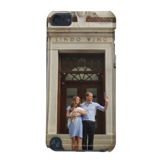 Duke & Duchess Of Cambridge at Lindo Wing 2 iPod Touch 5G Case