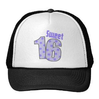 Dulce 16 (puntos y estrellas púrpuras) gorras