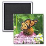 Dulce a la flor de mariposa del verso de la biblia imán de frigorífico