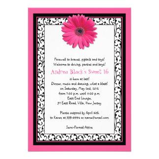 Dulce floral del Gerbera rosado invitación de 16 c