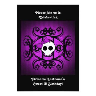 """Dulce púrpura y negro 5x7 16 del cráneo gótico invitación 5"""" x 7"""""""