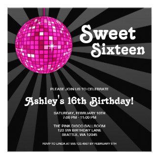Dulce rosado de la bola de discoteca 16 invitacion