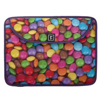 Dulces coloridos del caramelo del arco iris fundas para macbook pro