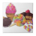 Dulces hechos por los triángulos tejas  ceramicas