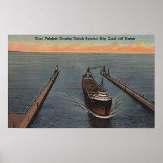 Duluth, manganeso - vista de la nave que entra del póster