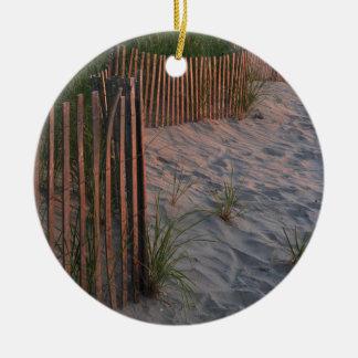 Duna de arena adorno navideño redondo de cerámica
