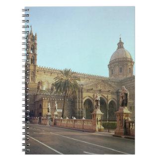 Duomo del EL fundado por Gualterio arzobispo de Libros De Apuntes Con Espiral
