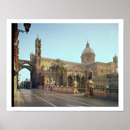 Duomo del EL, fundado por Gualterio, arzobispo de  Póster