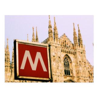 Duomo vía el metro - postal de IL de Milano, Itali