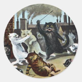 Duque It Out de los gatos en un tejado Pegatina Redonda