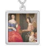 Duquesa La Valliere de Francoise Louise con Colgante Cuadrado