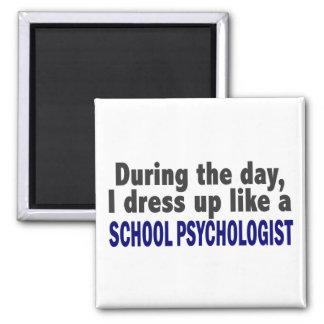 Durante el día me visto para arriba como psicólogo imán cuadrado