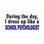 Durante el día me visto para arriba como psicólogo tarjeta postal