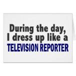 Durante el día me visto para arriba como reportero tarjetón