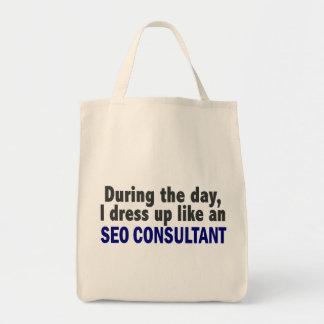 Durante el día me visto para arriba como un consul bolsas