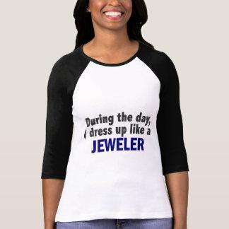 Durante el día me visto para arriba como un joyero camisetas