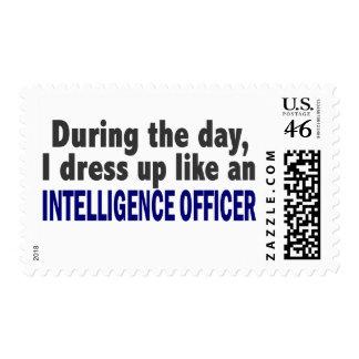 Durante el día visto para arriba al oficial de int