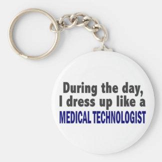 Durante el día visto para arriba al tecnólogo médi llavero