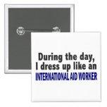 Durante el trabajador de ayuda internacional del d pins