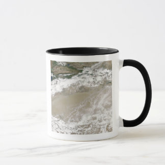 Dust and clouds hovered over the Taklimakan Des Mug
