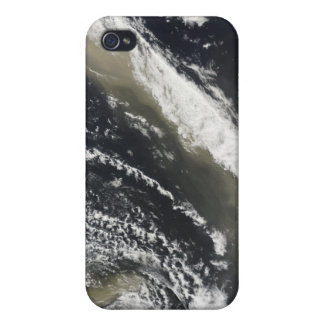Dust storm blowing over the Tasman Sea iPhone 4/4S Cases
