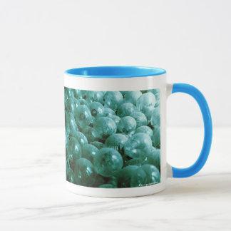Dusty light bulbs mug