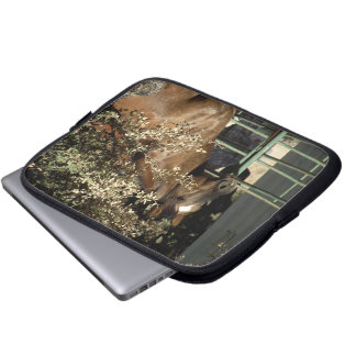 """Dusty"" Quarter Horse Stallion Laptop Computer Sleeves"