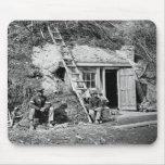 Dutch Gap Shelter: 1864 Mousepad