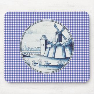 Dutch traditional blue tile mouse pad