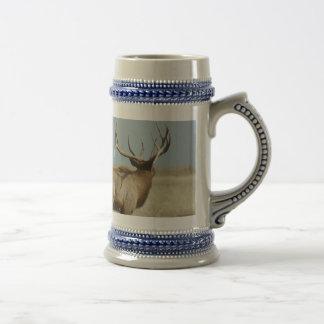 E0021 Bull Elk challenger Beer Stein