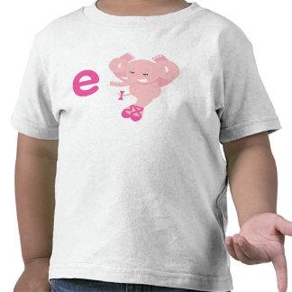 E está para la camiseta del elefante de Ellie