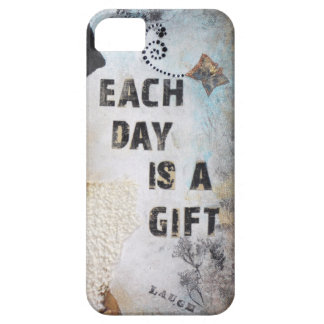 Each Day Is A Gift Mixed Media Art iPhone SE/5/5s Case