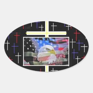 Eagle calvo americano la bandera y la cruz calcomania óval personalizadas