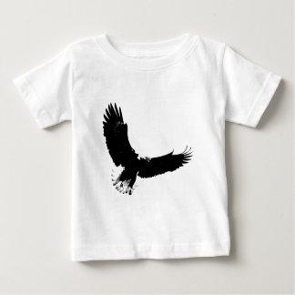 Eagle calvo en vuelo t-shirts