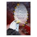 Eagle calvo patriótico le agradece cardar tarjetón