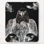 Eagle calvo que dibuja, inversión del dibujo de alfombrilla de ratón