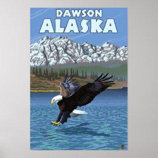 Eagle calvo que se zambulle - Dawson, Alaska Impresiones