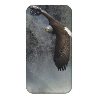 Eagle calvo que vuela y caso del iPhone de la faun iPhone 4 Carcasa